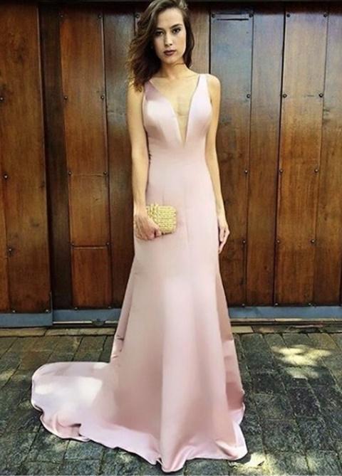 vestido-de-festa-rosa-minimalista